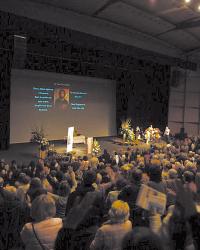 """Frère Jonathan met une claque au forum """"Le peuple de la paix"""". Sm498_vvd"""